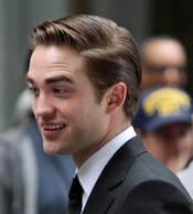 Robert Pattinson con el pelo engominado en el rodaje de 'Cosmópolis'