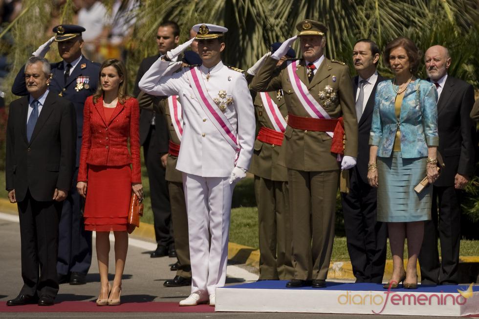 La Familia Real preside el Día de las Fuerzas Armadas