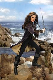 Pilar Rubio se convierte en Carmen Bocanegra en 'Piratas'
