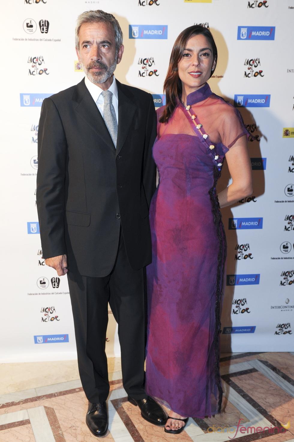 Imanol Arias e Irene Meritxell durante los Premios de la Fundación Casa del Actor 2011