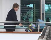 Elton John con su hijo Zachary en Venecia