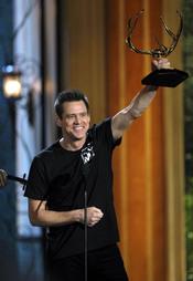 Jim Carrey recoge su premio en la gala de los 'Spike TV's Guys Choice Awards'