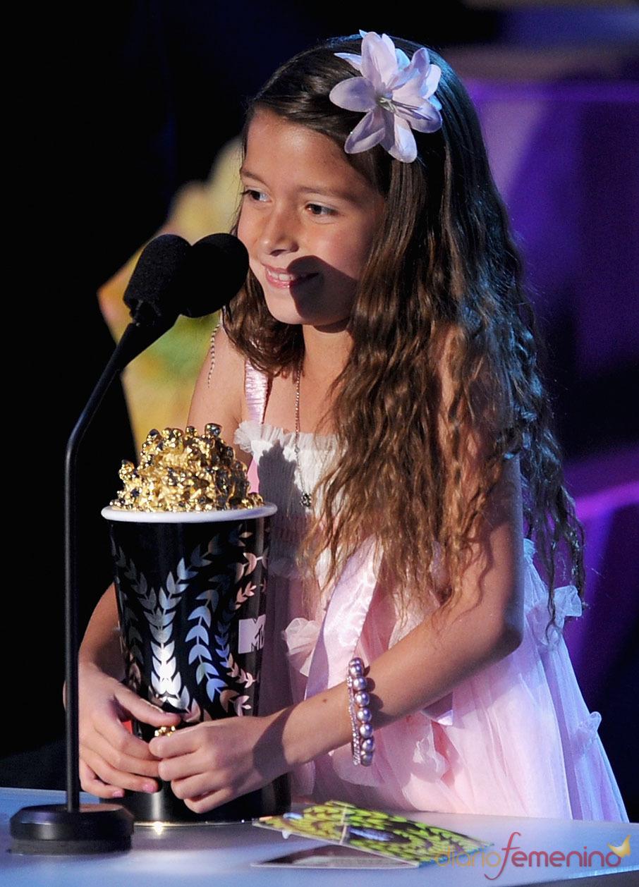 Alexys Nycole Sanchez orgullosa con su premio MTV Movie Award 2011