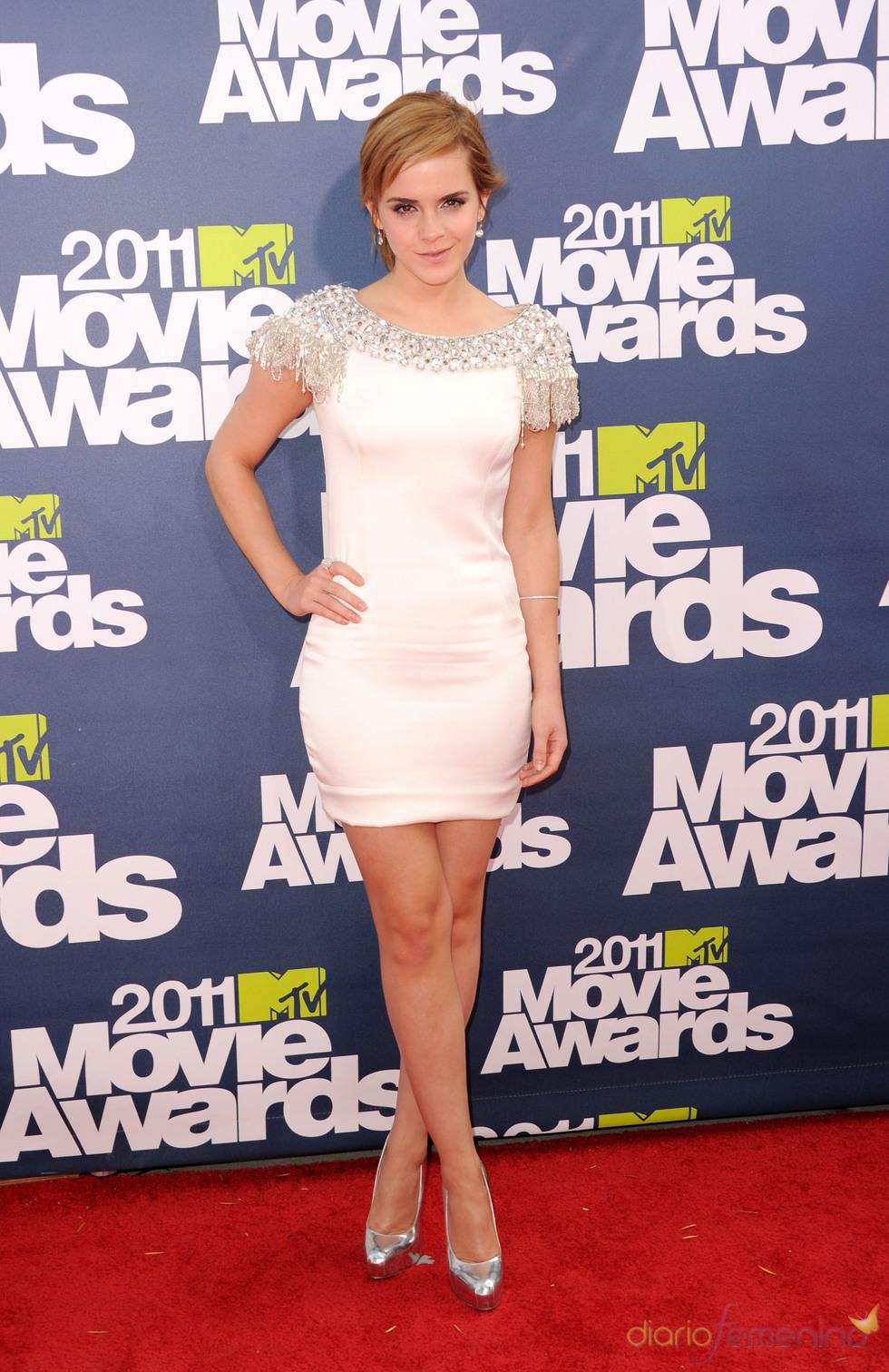 Emma Watson a su llegada a los premios MTV Movie Awards 2011