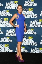 Blake Lively a su llegada a los premios MTV Movie Awards 2011