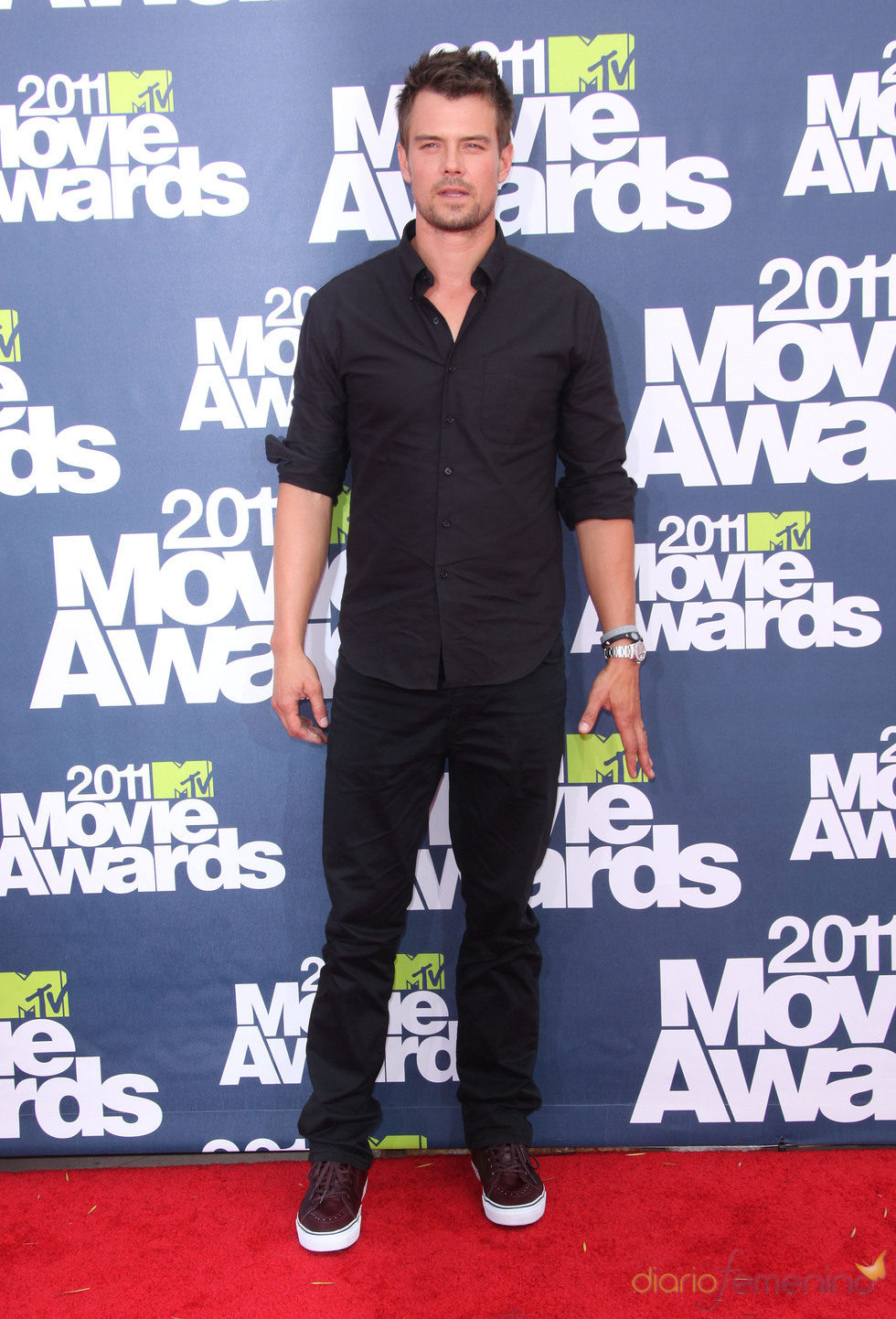 Josh Duhamel a su llegada a los premios MTV Movie Awards 2011