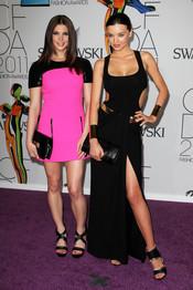 Ashley Greene y Miranda Kerr en los Premios de Moda CFDA 2011