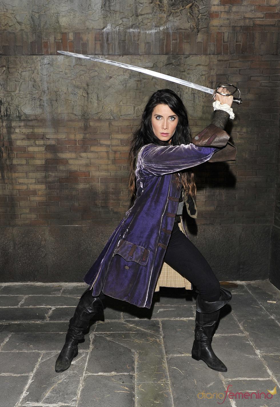Pilar Rubio interpreta a Carmen Bocanegra en 'Piratas'