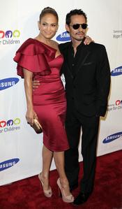 Jennifer López y Marc Anthony en una gala benéfica