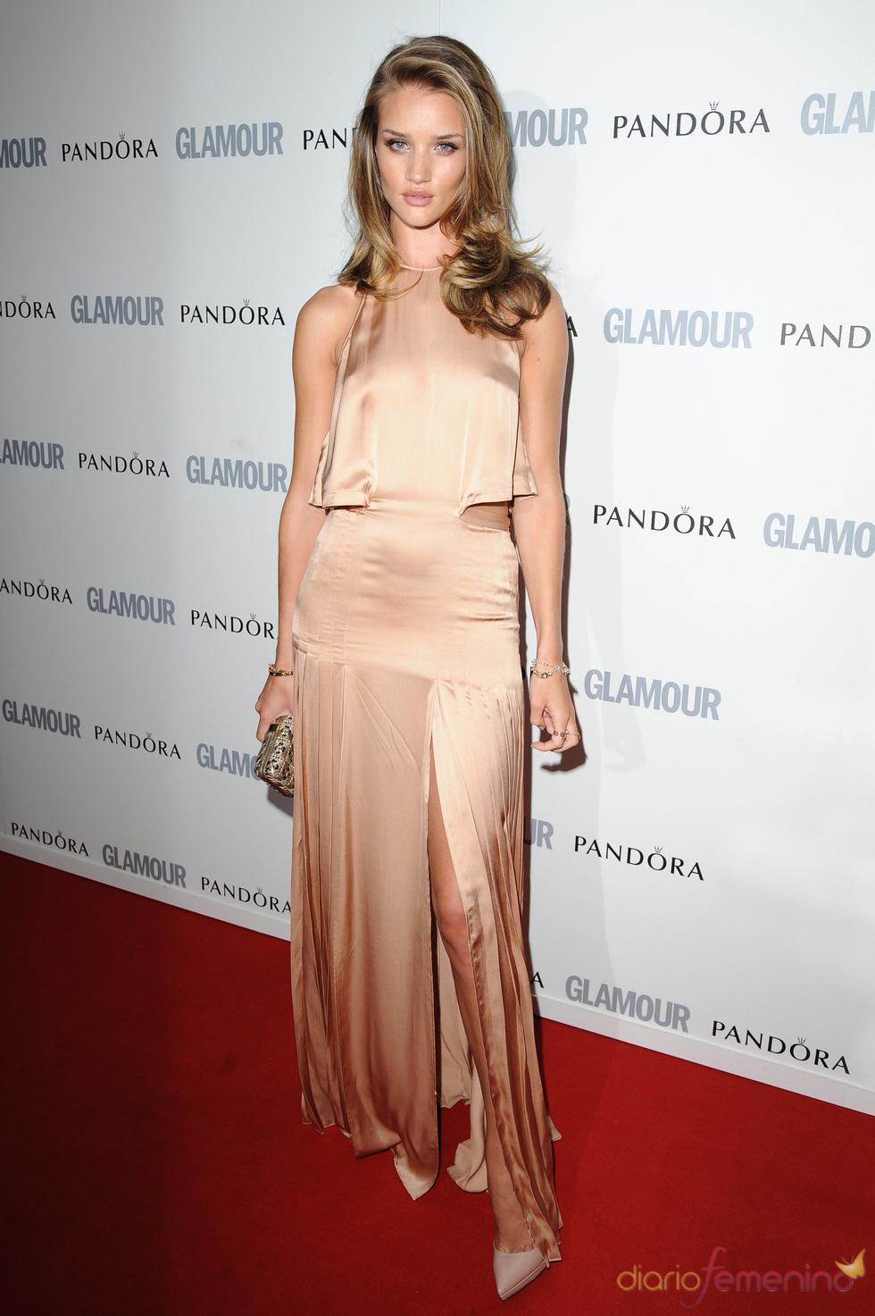 Rosie Huntingdon-Whiteley en los premios 'Las Mujeres del Año' 2011 de Glamour