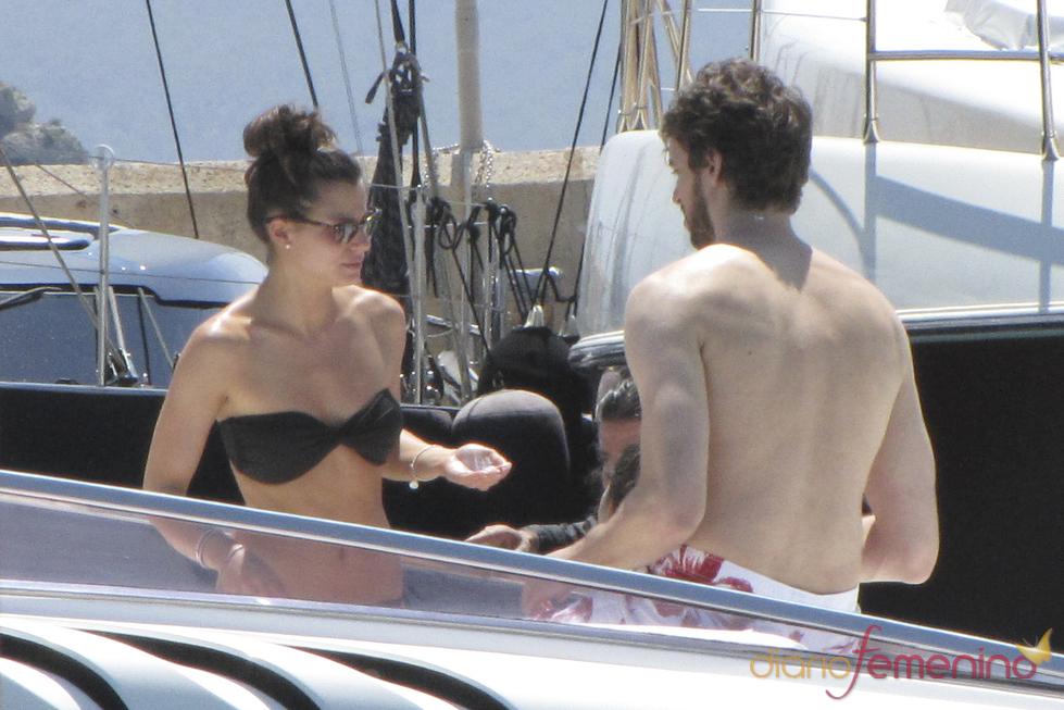 Pau Gasol y su novia Silvia López, de vacaciones en Ibiza
