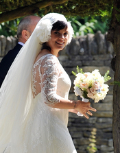 Lily Allen presume de barriguita de embarzada en el día de su boda