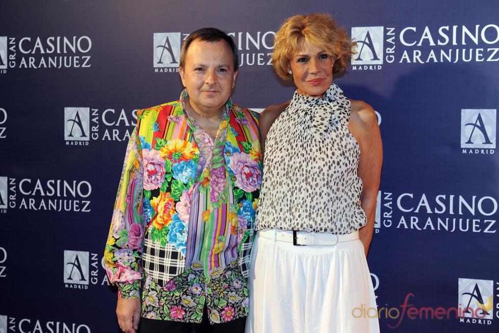 Rosa Valenti y Octavio Acebes en el concierto de Isabel Pantoja