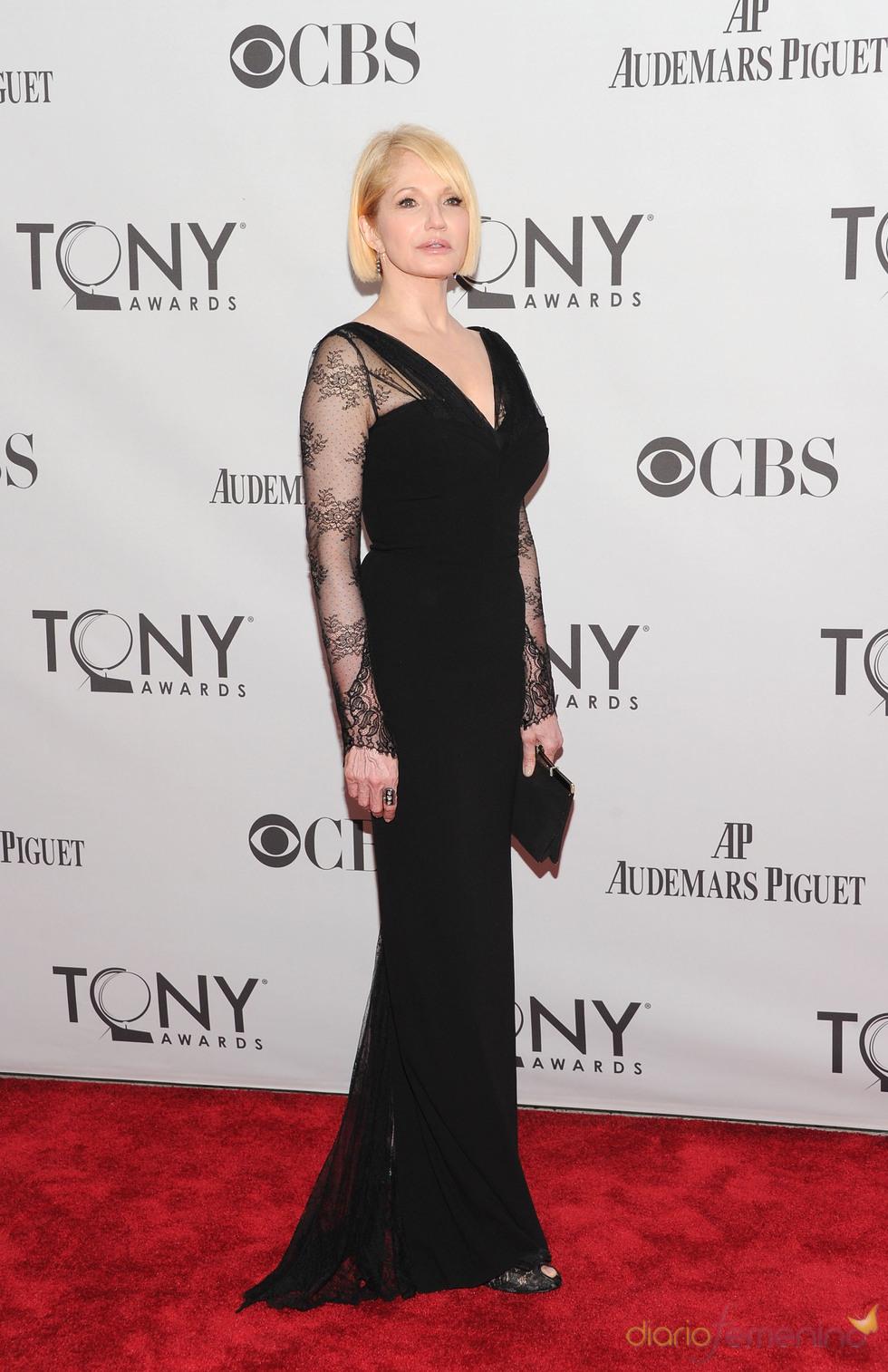Ellen Barkin en la gala de los Tony 2011