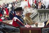 La reina Isabel II y el Duque de Edimburgo en la Procesión de la Orden de la Jarretera