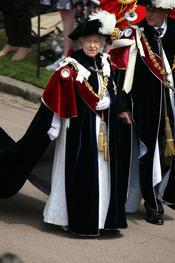 La reina Isabel II en la Procesión de la Orden de la Jarretera
