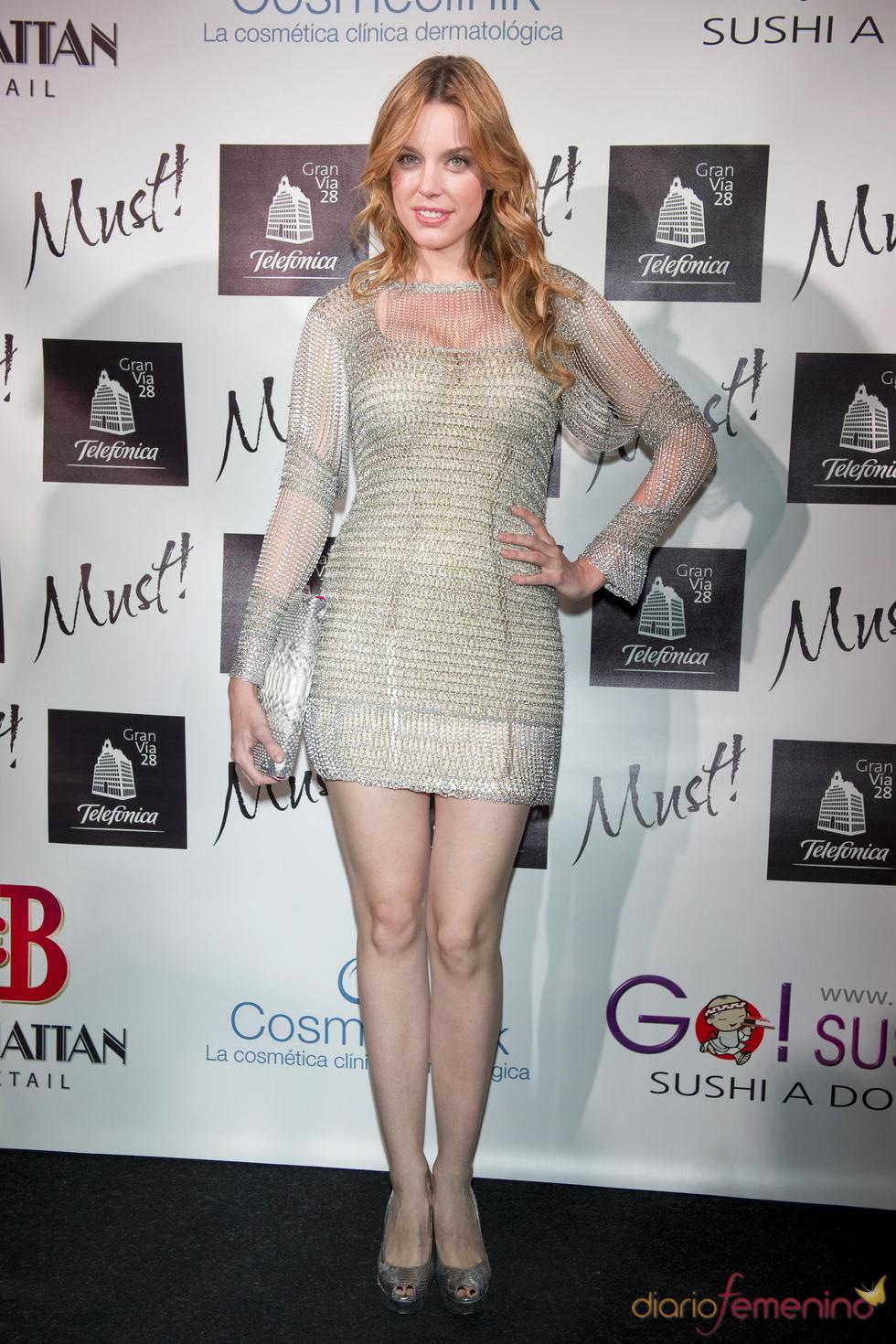 Carolina Bang en la gala de los premios Must 2011