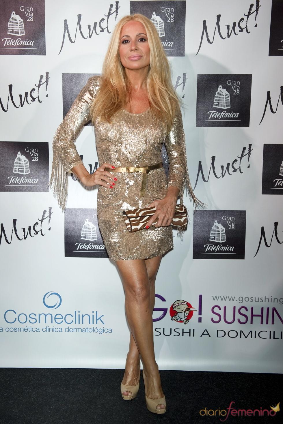 Marta Sánchez en la gala de los premios Must 2011