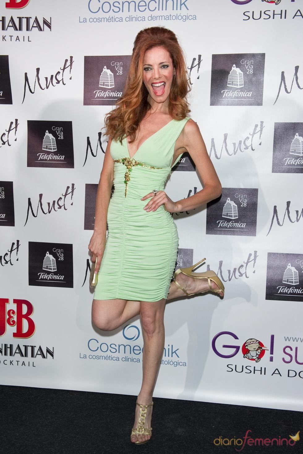 Paula Vázquez en la gala de los premios Must 2011
