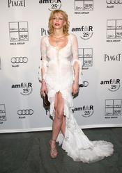 Courtney Love en la Gala amfAR 2011