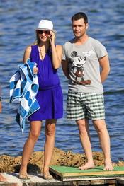 Fonsi Nieto y Alba Carrillo de vacaciones en Ibiza