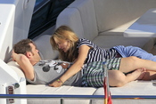 Fonsi Nieto y Alba Carrillo disfrutan del verano en Ibiza