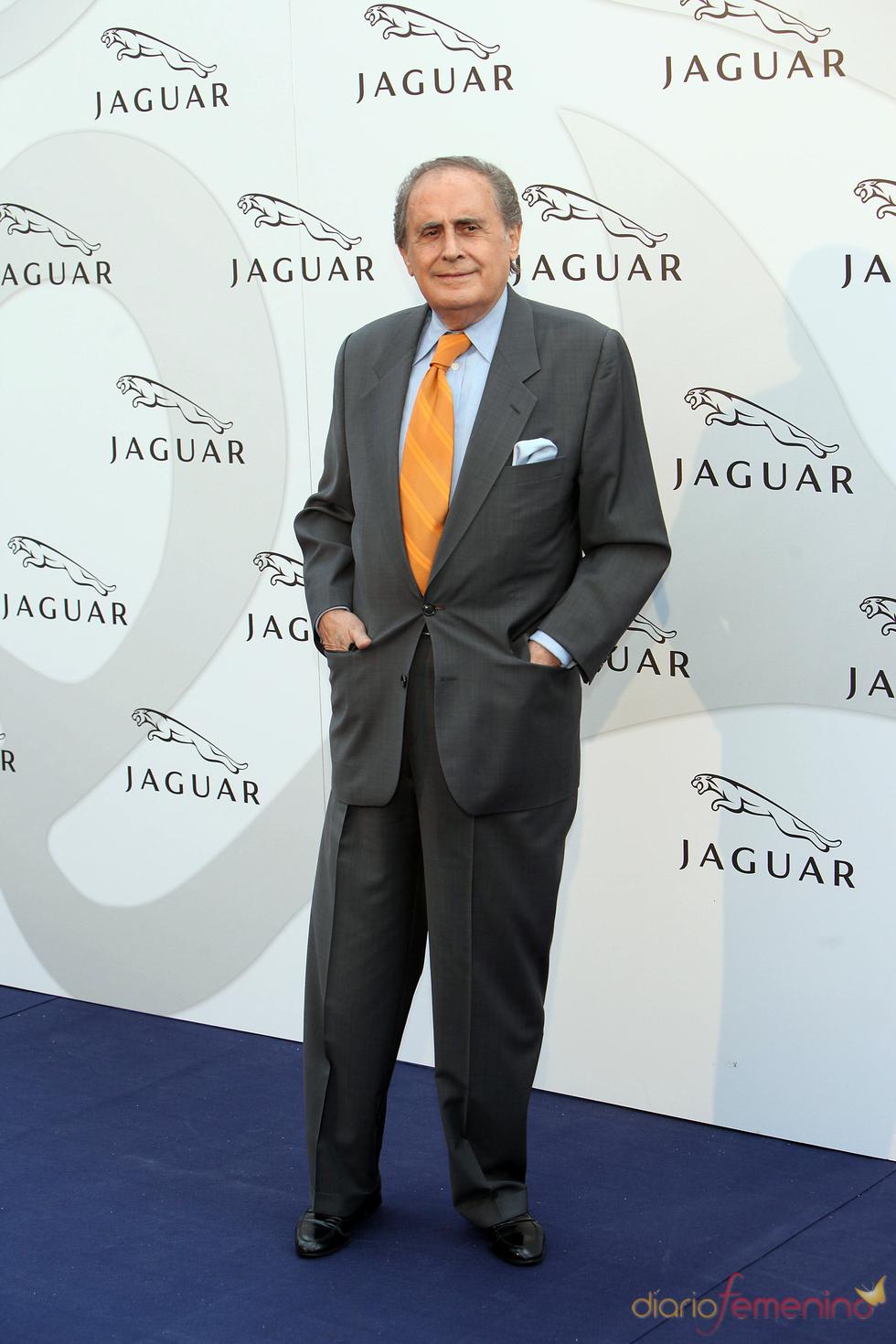Jaime Peñafiel en un acto promocional de la firma Jaguar