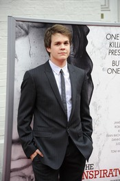 El actor Johnny Simmons