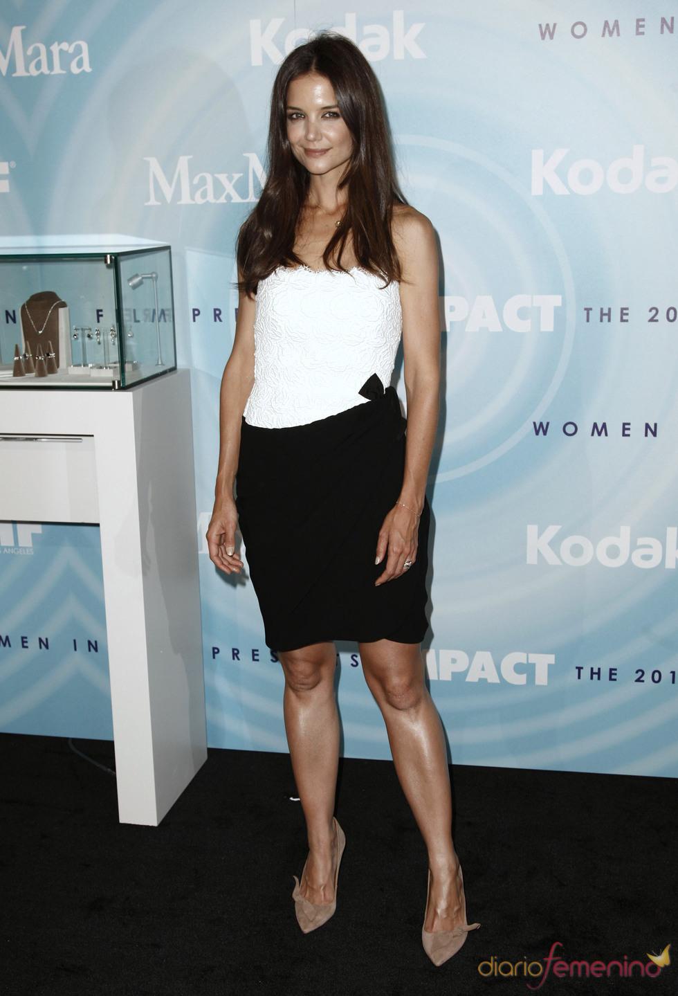 Katie Holmes, premio al Rostro del Futuro de Max Mara
