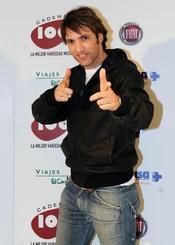 Ismael Beiro en los Premios Pie Derecho de Cadena 100