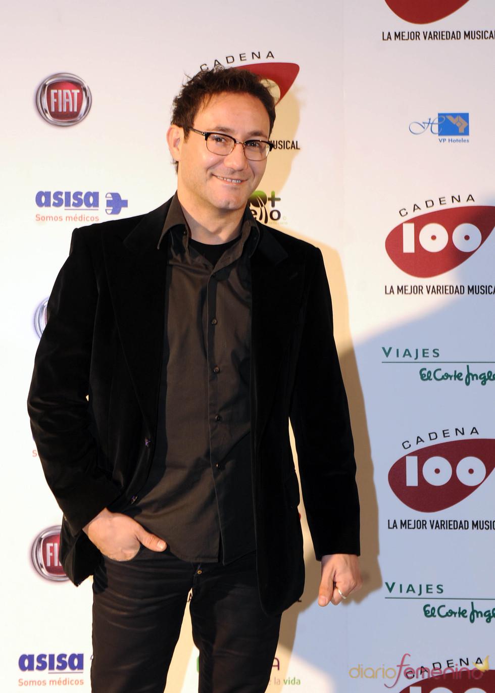 Carlos Santos en los Premios Pie Derecho de Cadena 100
