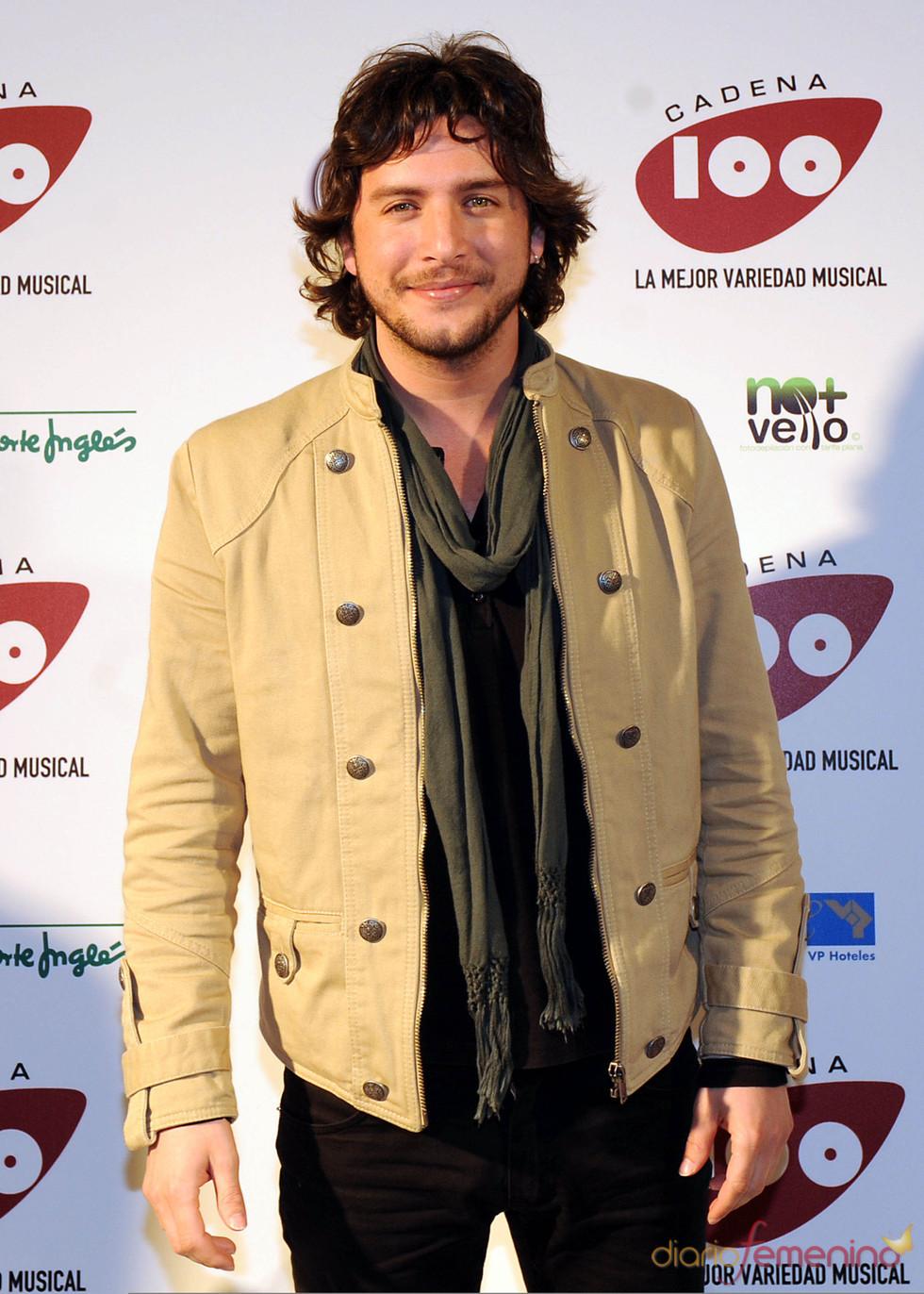 Manuel Carrasco en los Premios Pie Derecho de Cadena 100