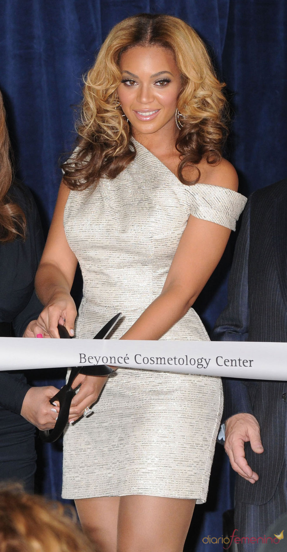 La cantante Beyoncé inaugura un centro de estética en Nueva York