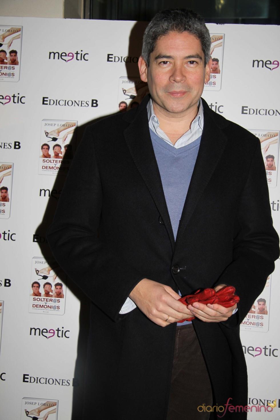 Boris Izaguirre en la presentación de la novela 'Solter@s y demoni@s'