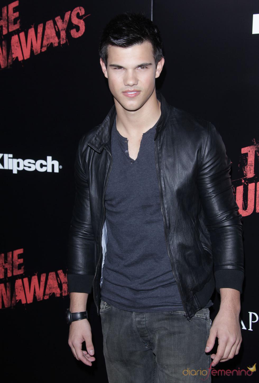 Premiere de 'The Runaways': Taylor Lautner