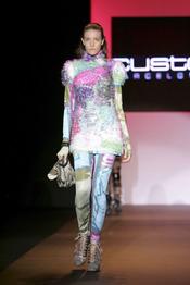 Estampados atrevidos de Custo en Miami Fashion Week