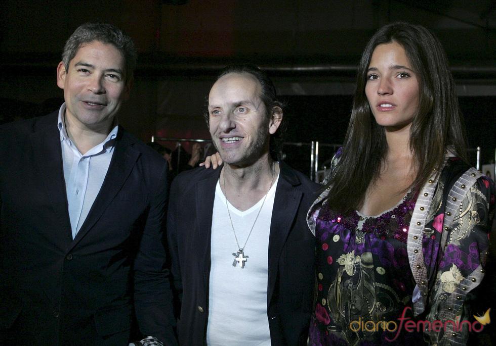 Boris Izaguirre y Malena Costa con Custo en Miami