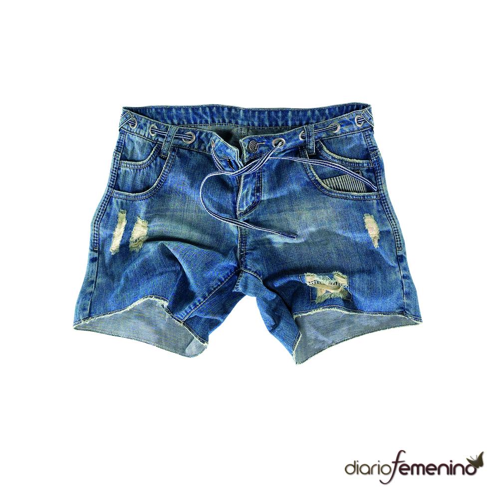 Shorts con rotos de Pull and Bear