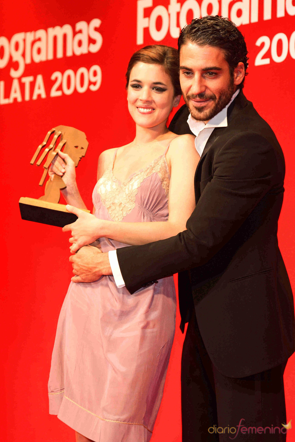 Miguel Ángel Silvestre y Adriana Ugarte en los Fotogrmas de Plata 2009