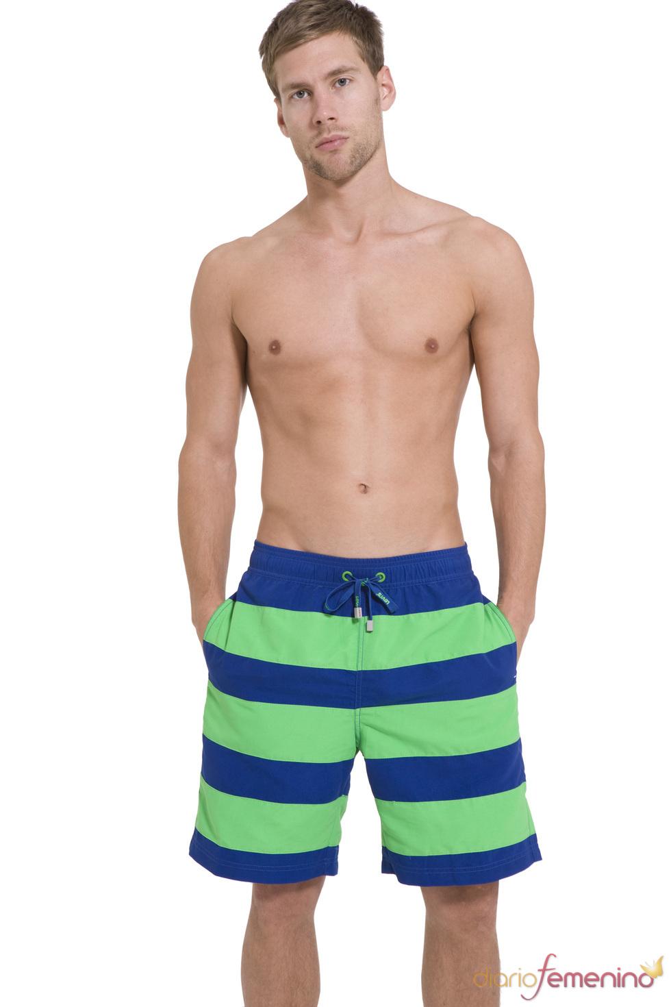 Bañador azul y verde flúor de la colección SS10 de Levi's