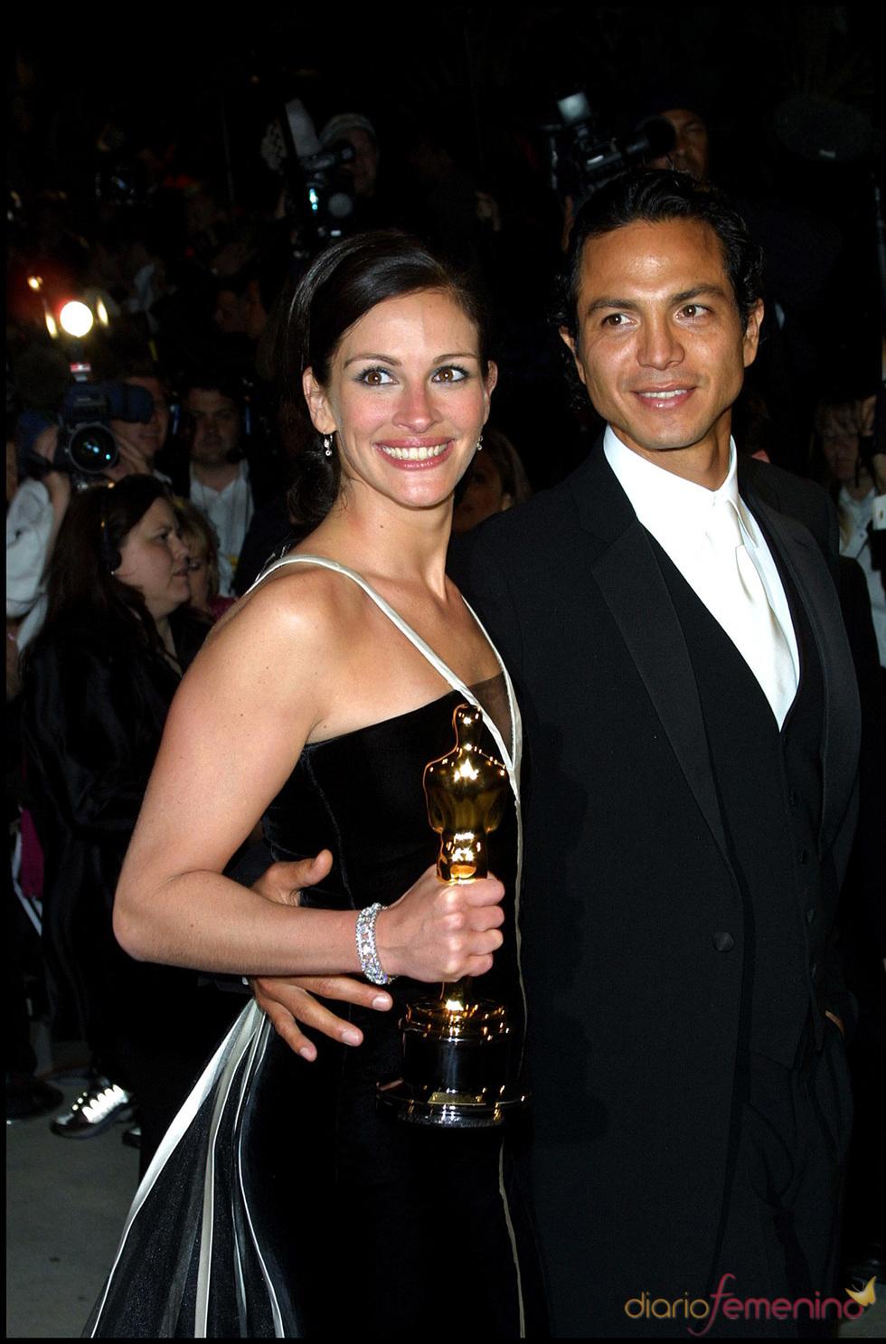 Julia Roberts y Benjamin Bratt en los Oscar 2001: 3 meses hasta romper