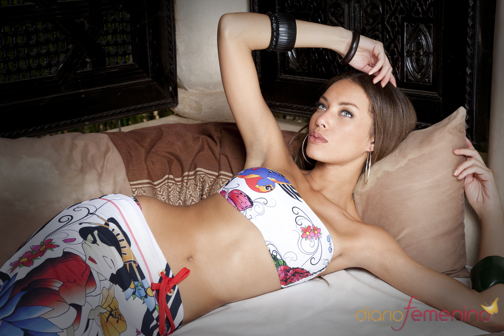 Lenita: Bikini Geisha