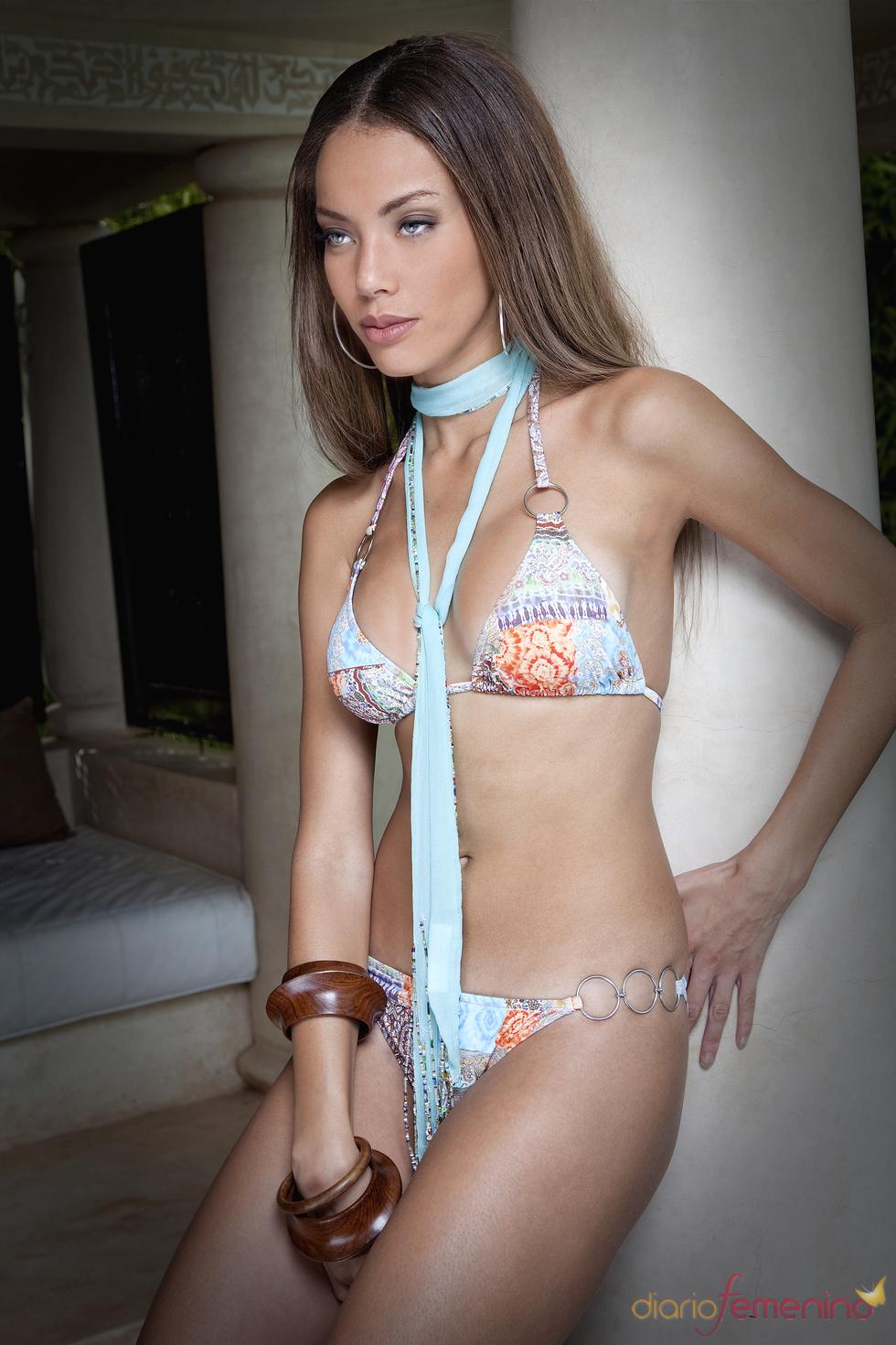Lenita: Bikini Hippie