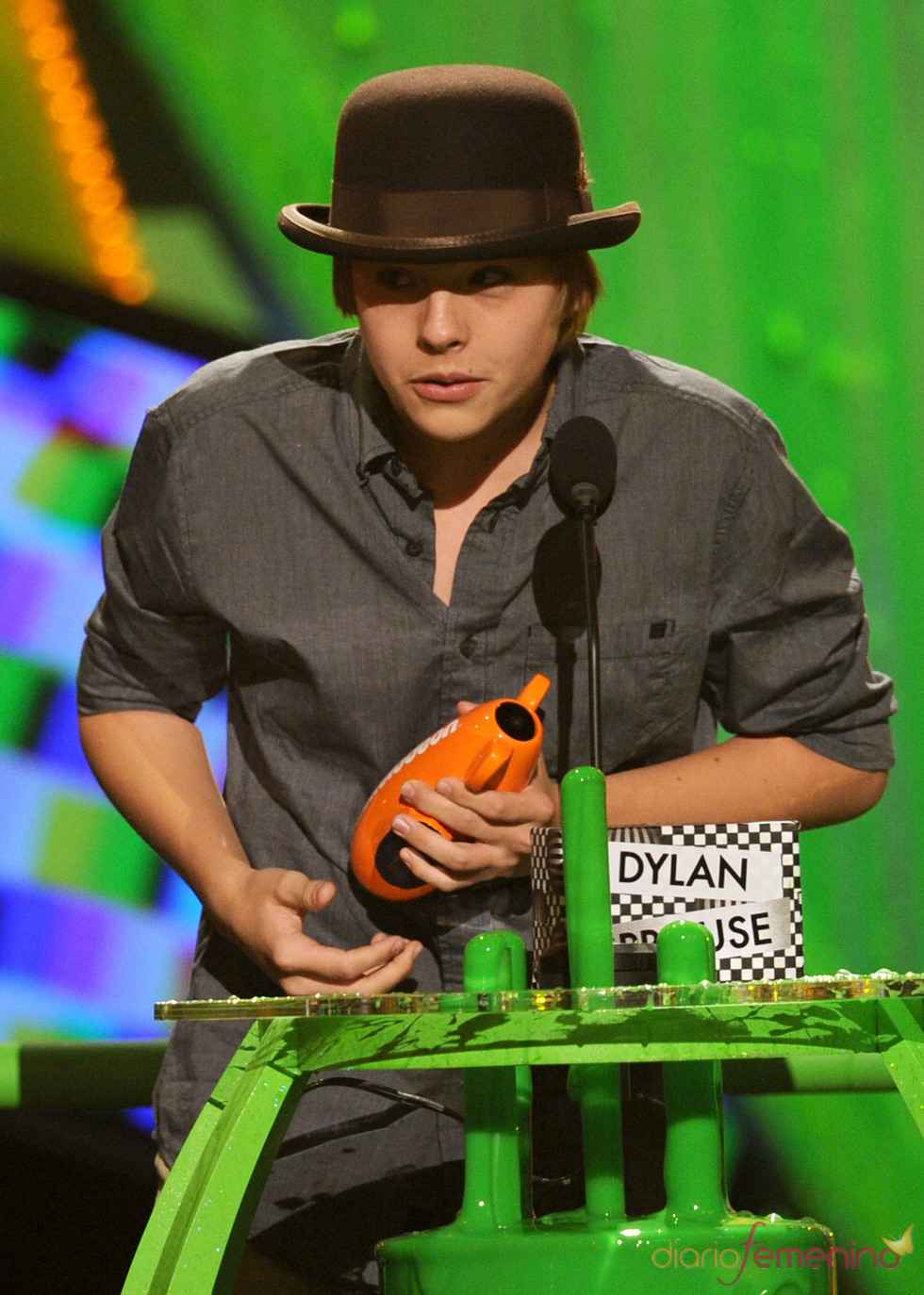 Dylan Sprouse en los Kids Choice Awards