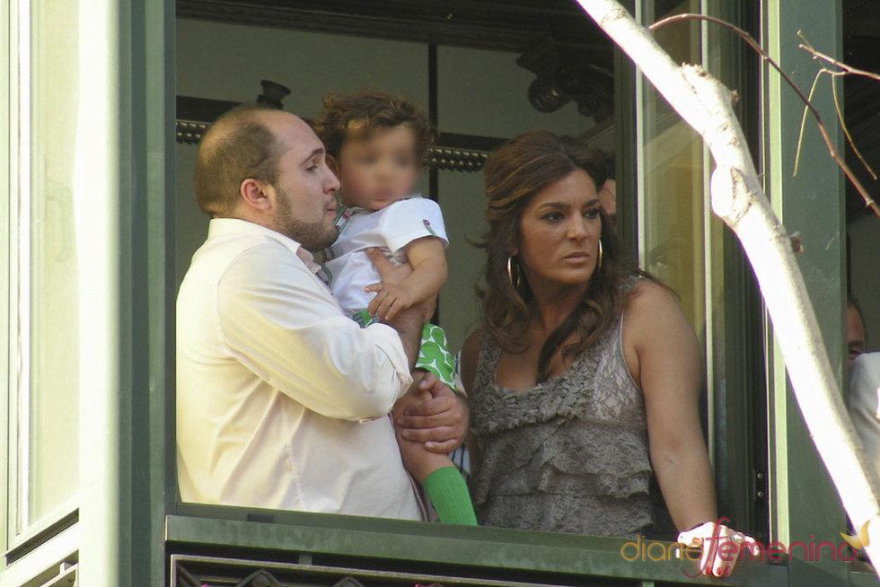 Paquirrín y Raquel Bollo juntos en la Semana Santa de Sevilla