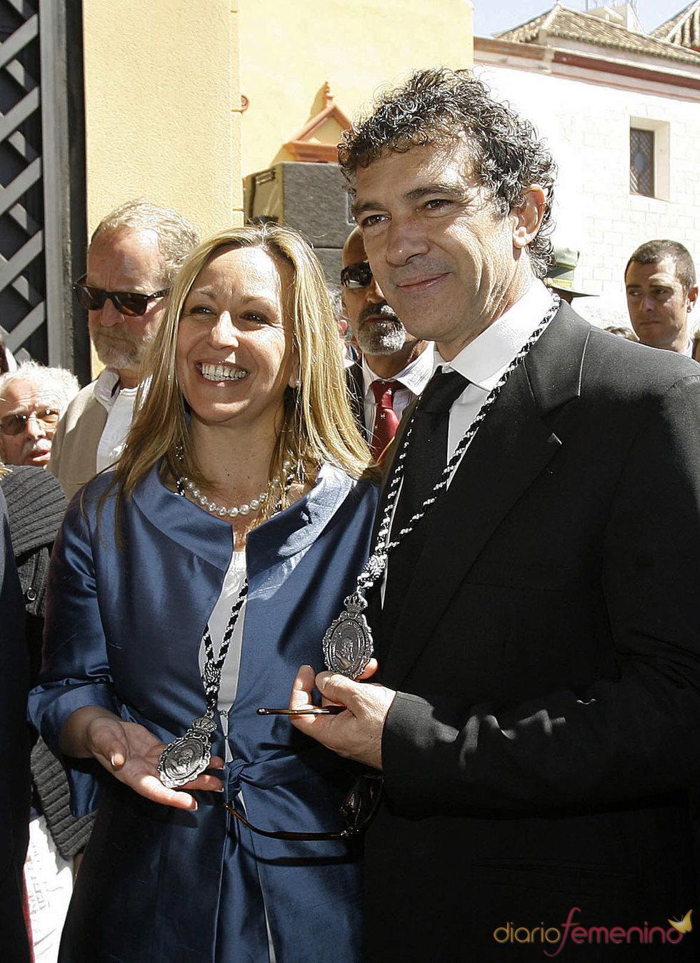 Trinidad Jiménez y Antonio Banderas en la Semana Santa de Málaga