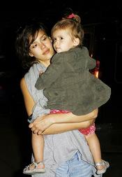 Jessica Alba con su hija Honor Warren