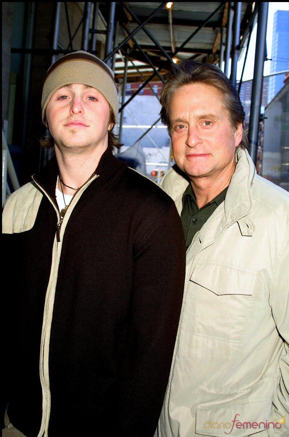 Michael Douglas con su hijo Cameron