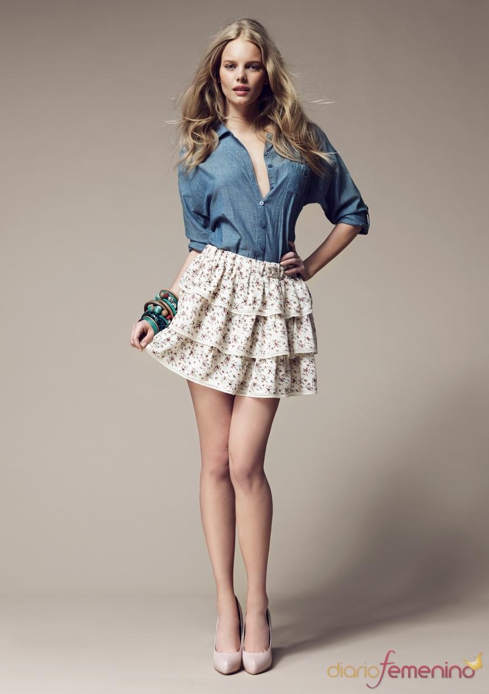 Conjunto de camisa y falda de volantes de Blanco