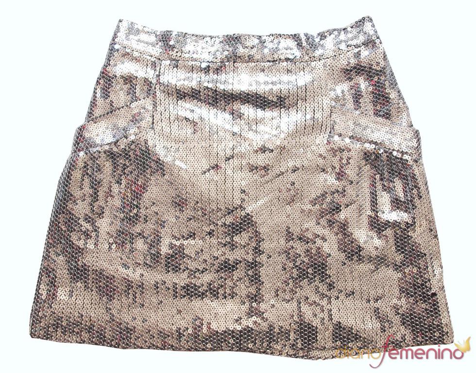 Look Jennifer Aniston: minifalda strass de Baby Phat